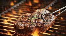 Barbecue: cet ingrédient inattendu permet de rendre la viande encore plus juteuse et savoureuse