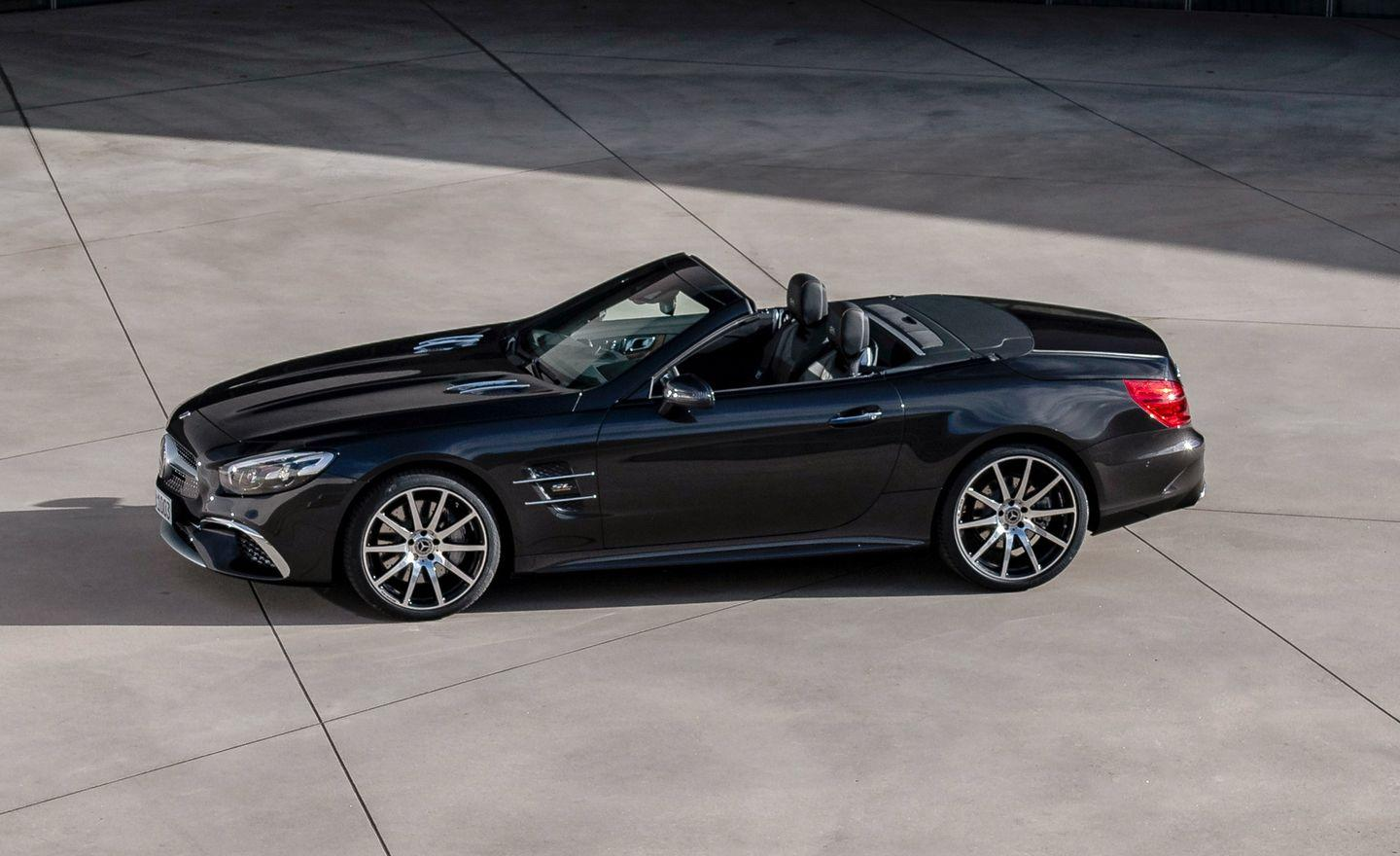 <p>Dressed in a lighter black metallic over a black and brownish interior with poplar wood trim, the Grand Edition introduces yet more designo options to the SL's extensive custom order sheet.</p>