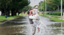 La boda viral que ni el huracán 'Harvey' detuvo