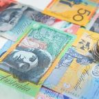 AUD/USD Price Forecast – Aussie finding buyers underneath