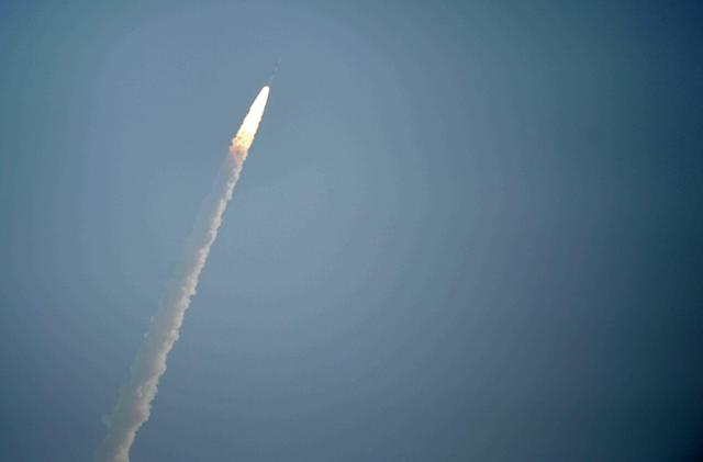 FCC accuses startup of launching satellites without permission