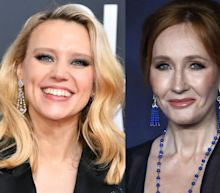 Kate McKinnon tells J.K. Rowling she should 'stick to the books' while giving psychic readings about 2020 on 'SNL'