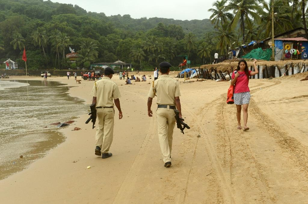 indian state goa Goa: goa, state of india, comprising a mainland district on the country's southwestern coast and an offshore island it is located about 250 miles (400 km) south of.