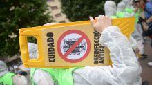 Desinfectan el pueblo de Josu Ternera después de la visita de Albert Rivera