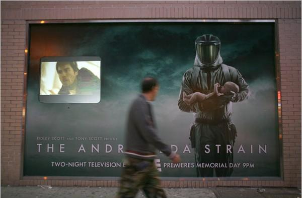 Billboards with facial-recognition software trickling out