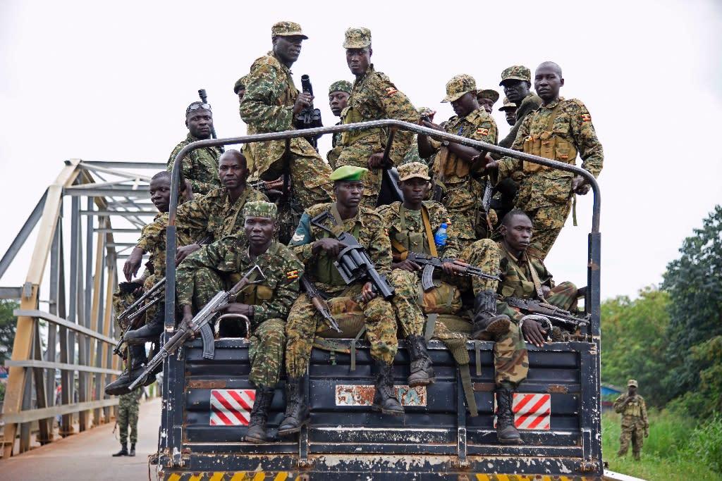 Uganda military drive towards Juba, South Sudan, on July 14, 2016 (AFP Photo/Isaac Kasamani)