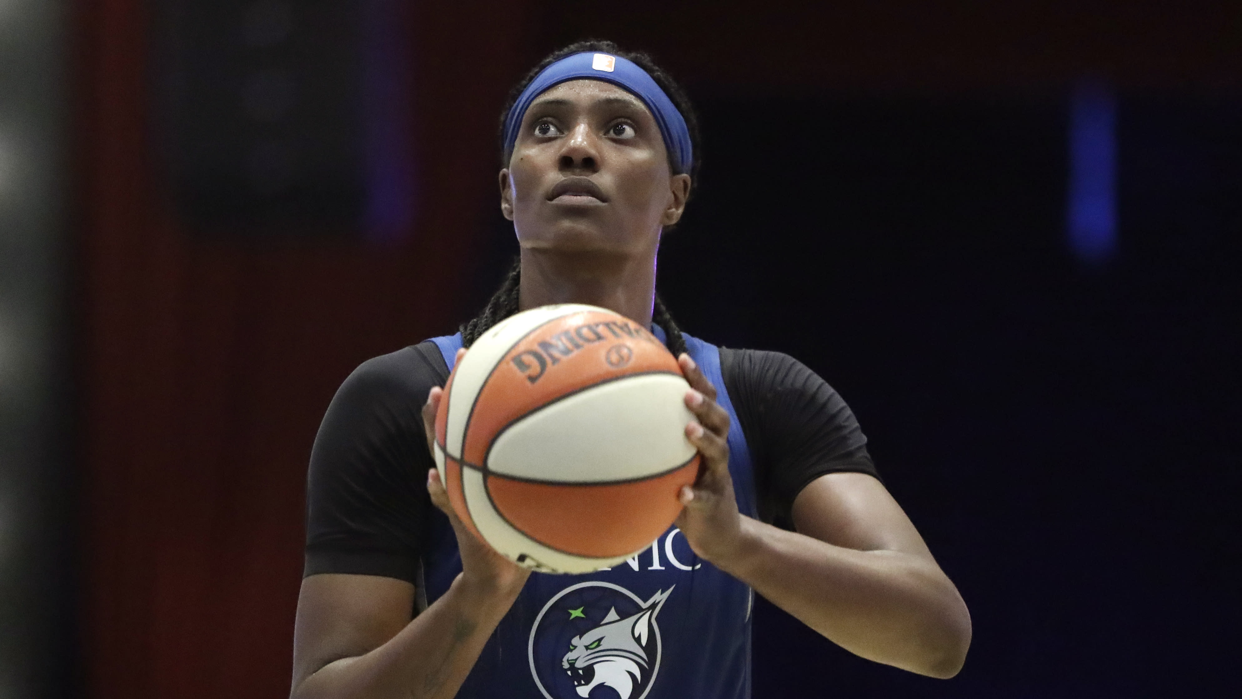 MVP candidate Sylvia Fowles sidelined indefinitely with calf strain