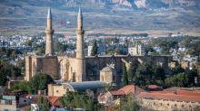 EN IMAGES. Saint-Sophie n'est pas une exception : découvrez huit lieux de culte reconvertis au fil du temps