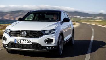 Volkswagen T-Roc 入門款 104.8 萬起,年底前優惠升級車道輔助與電動尾門
