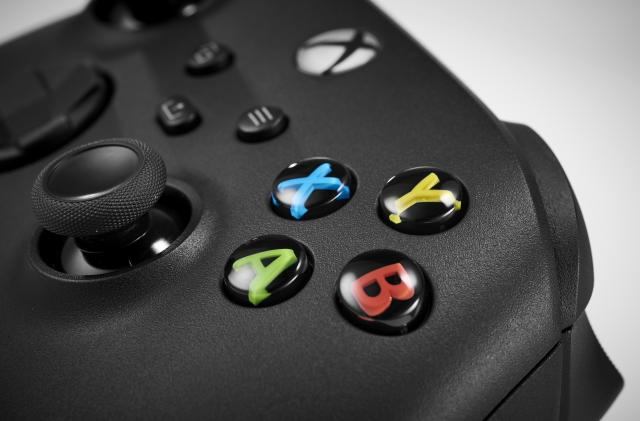 Microsoft starts testing Xbox cloud gaming on the web