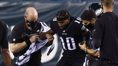 Eagles win game, lose star WR Jackson for some time