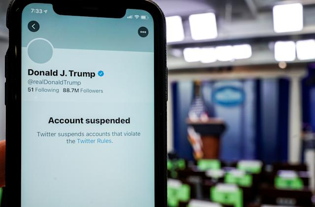 The National Archives won't be able to host Donald Trump's tweets on Twitter