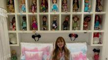 """Larissa Manoela é criticada por ter coleção de bonecas: """"O quarto é meu"""""""