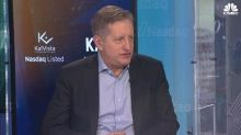 'Big Short' Steve Eisman blasts cryptocurrencies, bets against Deutsche Bank