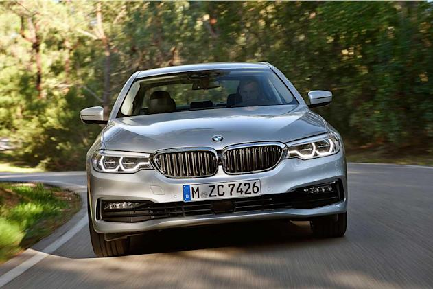 BMW's wireless car charging pad arrives this summer