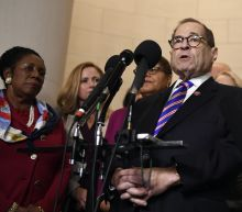 Democrats move toward impeaching Trump, with scant grumbling