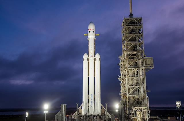 SpaceX's Falcon Heavy rocket will test its 27 engines (updated)