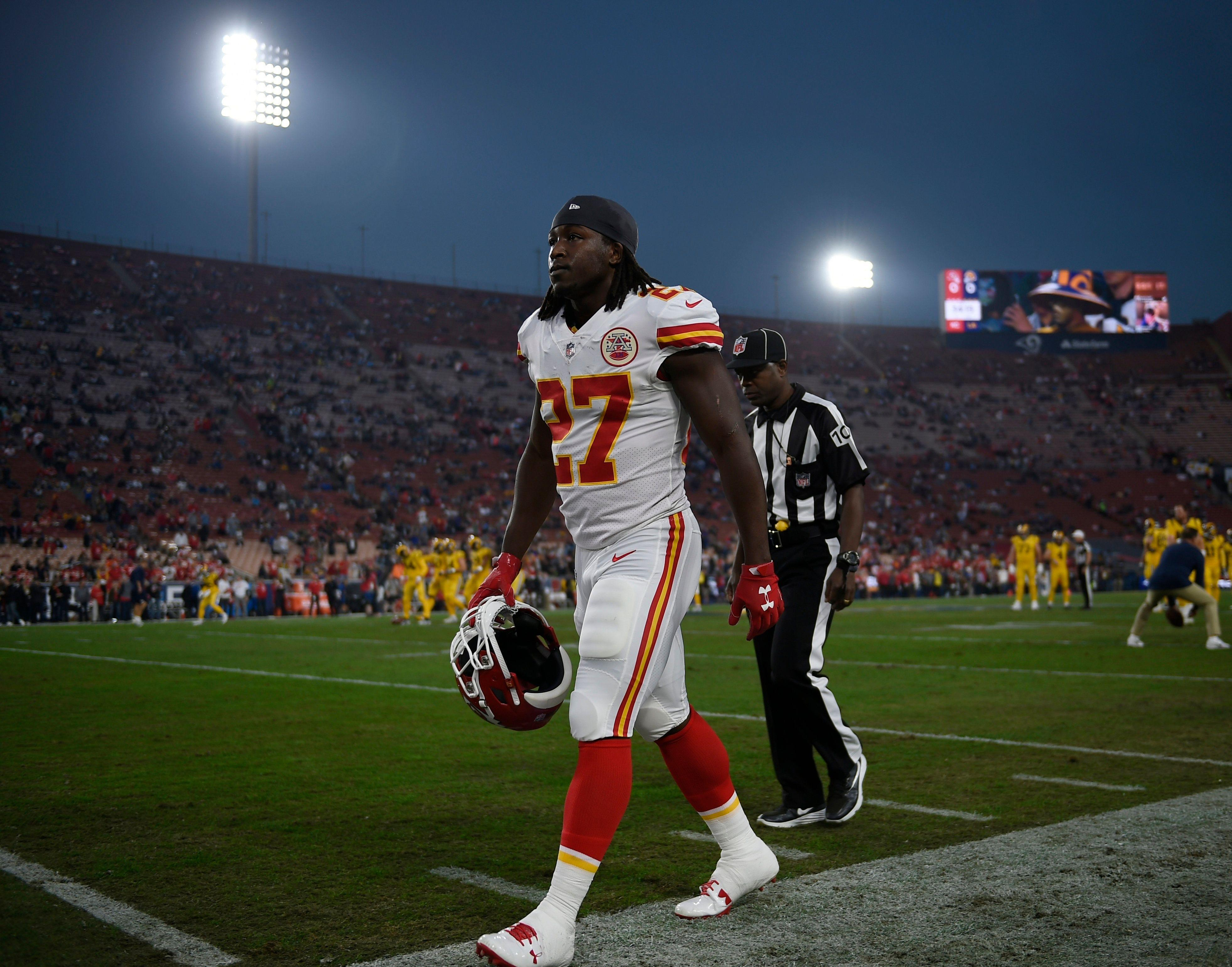 Browns RB Kareem Hunt receives eight game suspension from NFL