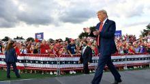 "Depuis la Floride, Trump vante son débat face à ""Joe l'Endormi"""