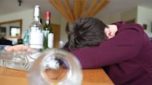 Teen calls police on himself for underage drinking after 'bad day'