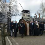 Muslim, Jewish leaders pay 'historic' joint visit to Auschwitz