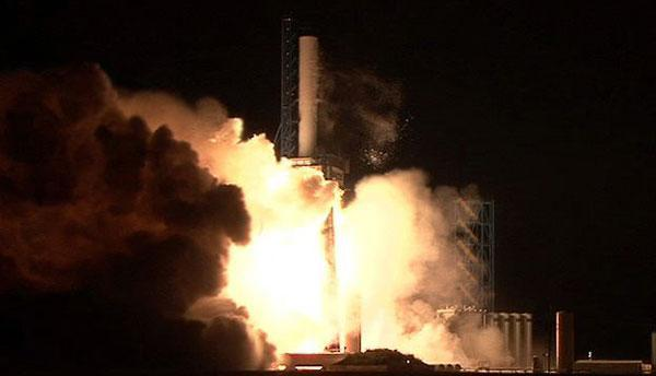 SpaceX conducts successful static launch of Falcon 9 rocket