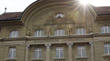 Swiss Private Banks Urged to Partner in a `Complex' World