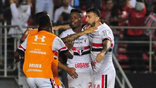 Pratto elogia futebol do São Paulo, mas diz que placar poderia ser maior
