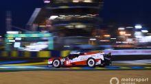 Le Mans: la noche hace sufrir al Toyota #8; Molina, 3º