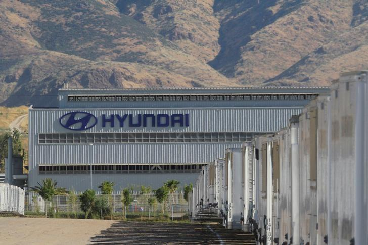 Hyundai motor suffers 64 percent slump in april sales amid for Hyundai motor finance usa