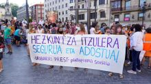 Teachers, medics rally in Spain over poor COVID planning, infections stable