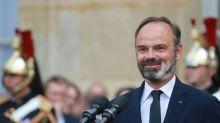 """""""Ni dépressif, ni malheureux"""": les proches d'Edouard Philippe racontent sa nouvelle vie"""
