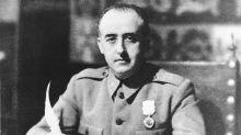 PP y Cs se suman a Vox para mantener la medalla de oro de Motril a Franco