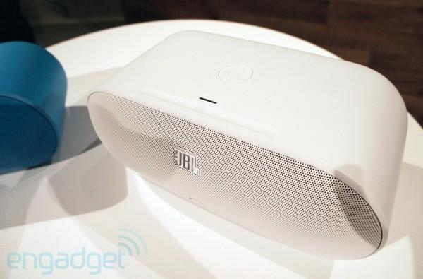 JBL intros Power Up speaker to charge your Nokia Lumia 920, pair over NFC