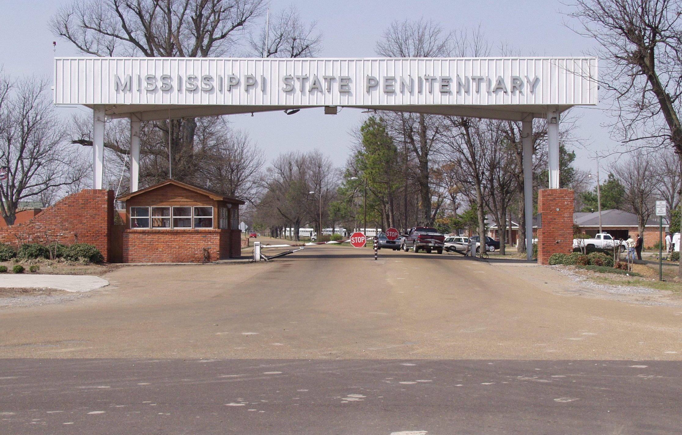 Health care provider severs ties with Mississippi prisons