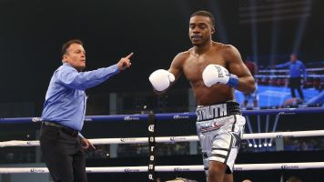 Spence retains title with quick KO of Ocampo