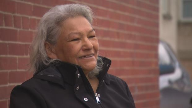 Cree-speaking raven puppet gives COVID-19 health information