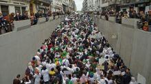 Estudantes e profissionais da saúde protestam na Argélia contra Bouteflika