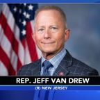 Anti-impeachment New Jersey Democrat meets with Trump, discusses party change