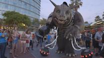 How to Make a Giant Creature - The Giant Creature vs. Angry Dogs at San Diego Comic-Con 2014
