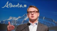 Alberta to streamline approvals for new private clinics to boost surgeries
