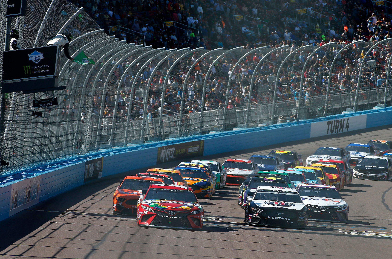 Phoenix To Host 2020 Nascar Championship Race
