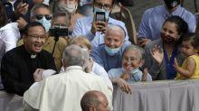 Papst gibt erste Generalaudienz mit Gläubigen