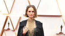 Oscars 2020: Die versteckte Botschaft auf Natalie Portmans Cape