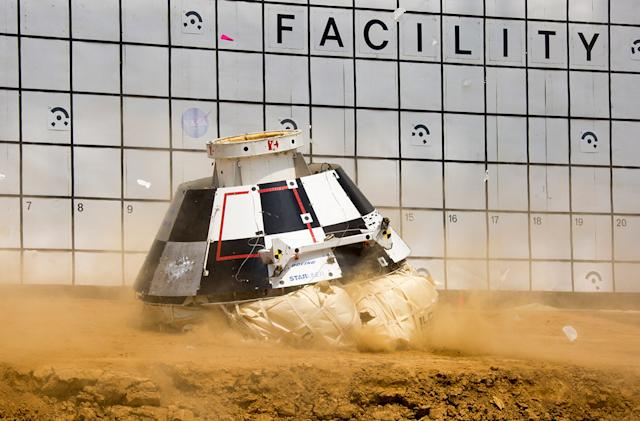 Boeing simulates worst-case scenarios for space taxi landing