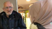 Herzzereißend: Obdachlosem wird Ratte gestohlen - das Netz hilft