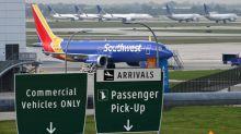 Avión 737 MAX de Southwest realiza aterrizaje de emergencia