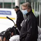 NHL's older coaches debate wearing masks, taking precautions