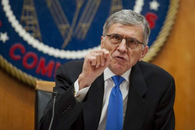 FCC votes to subsidize broadband internet for low-income households