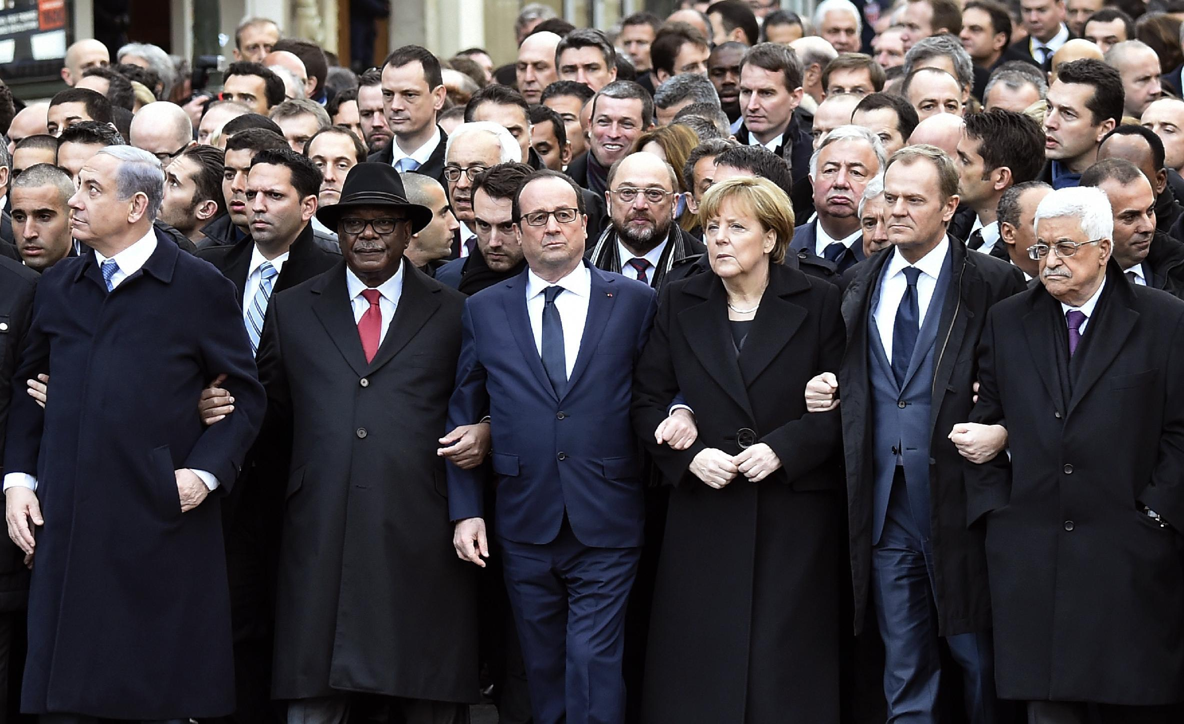 """Benjamin Netanyahu (front row, left) and leaders of other countries at the rally """"in Paris on January 11, 2015 in tribute to the 17 victims of Islamist attacks (AFP Photo/Eric Feferberg)"""